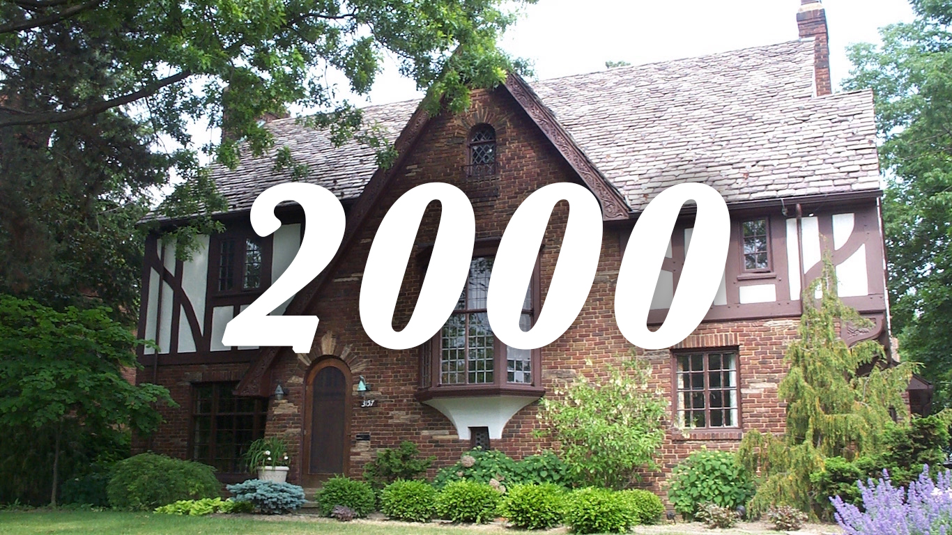 2000 house