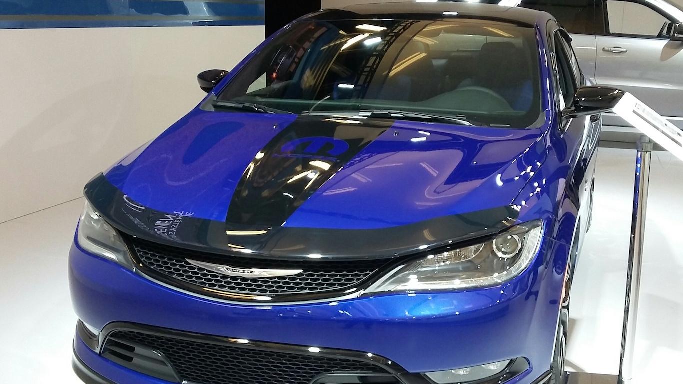 '16_Chrysler_200