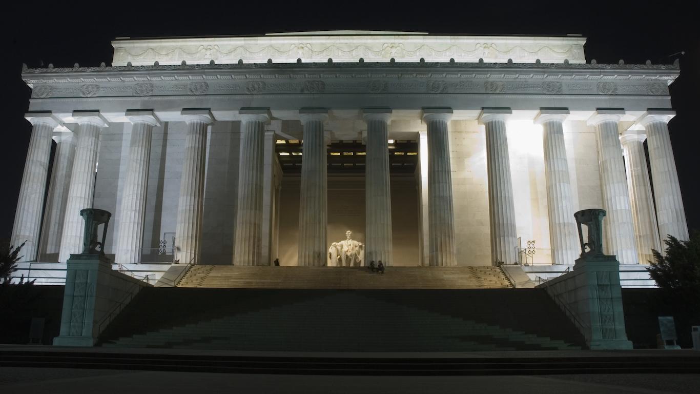 Building lit up at night, Lincoln Memorial, Washington DC, USA