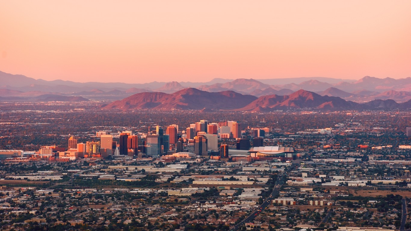How Current COVID-19 Cases in Arizona Compare to the Nation