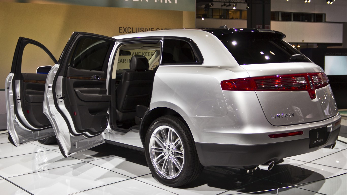 Lincoln MKT by Christian Flores