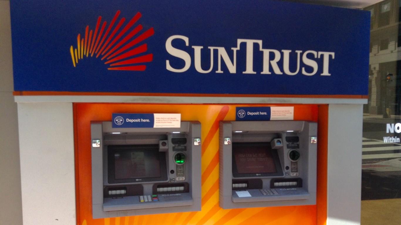 SunTrust Bank by Mike Mozart