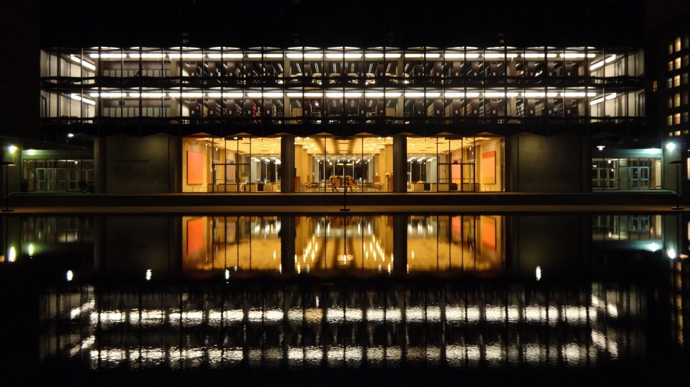 Eero Saarinen - University of ... by Daniel X. O'Neil