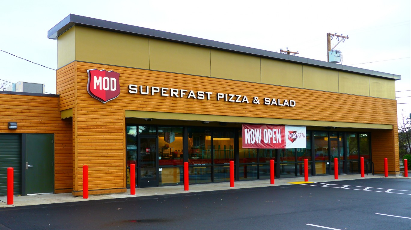 MOD Pizza & Salad in Eugene, O... by Rick Obst