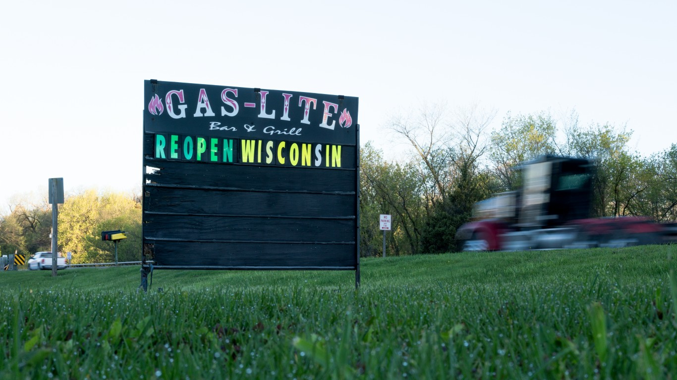 Reopen Wisconsin sign in Ellsw... by Lorie Shaull