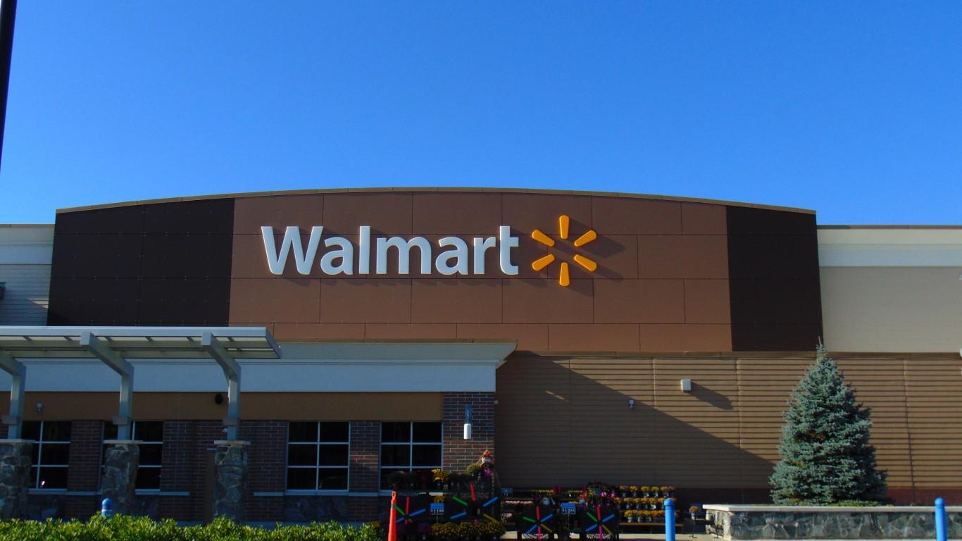 Walmart (Brookyln, Connecticut... by JJBers