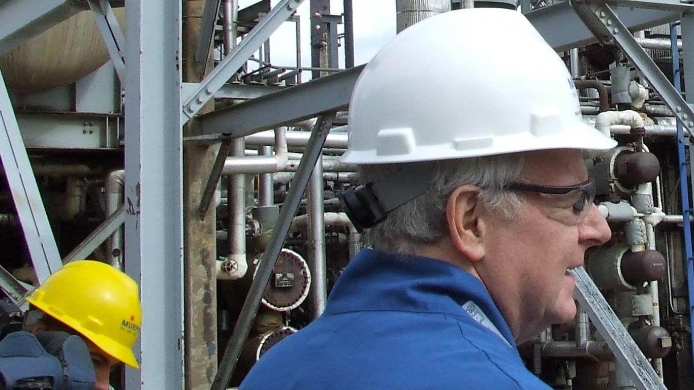 Superior - Murphy Oil Refinery by Tom Barrett