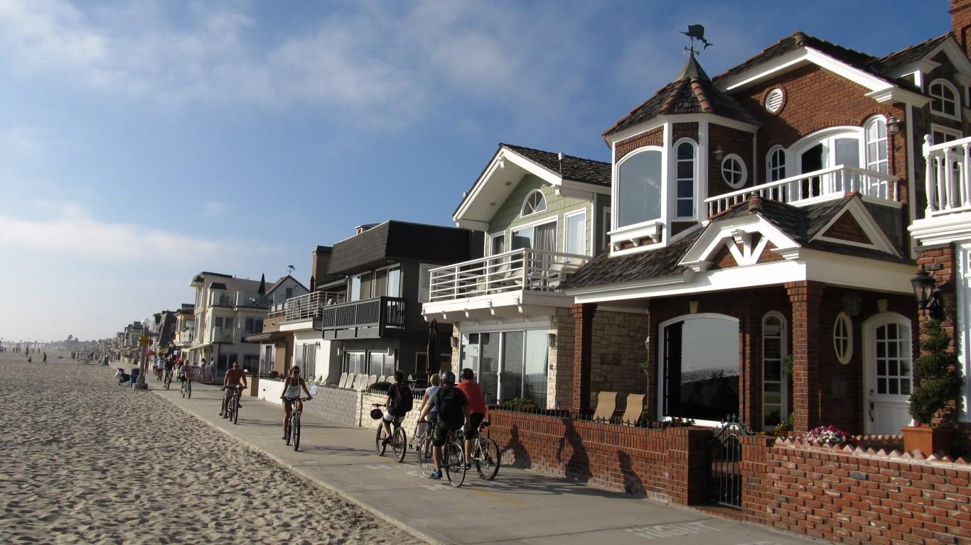 Oceanfront, Newport Beach, Cal... by Ken Lund