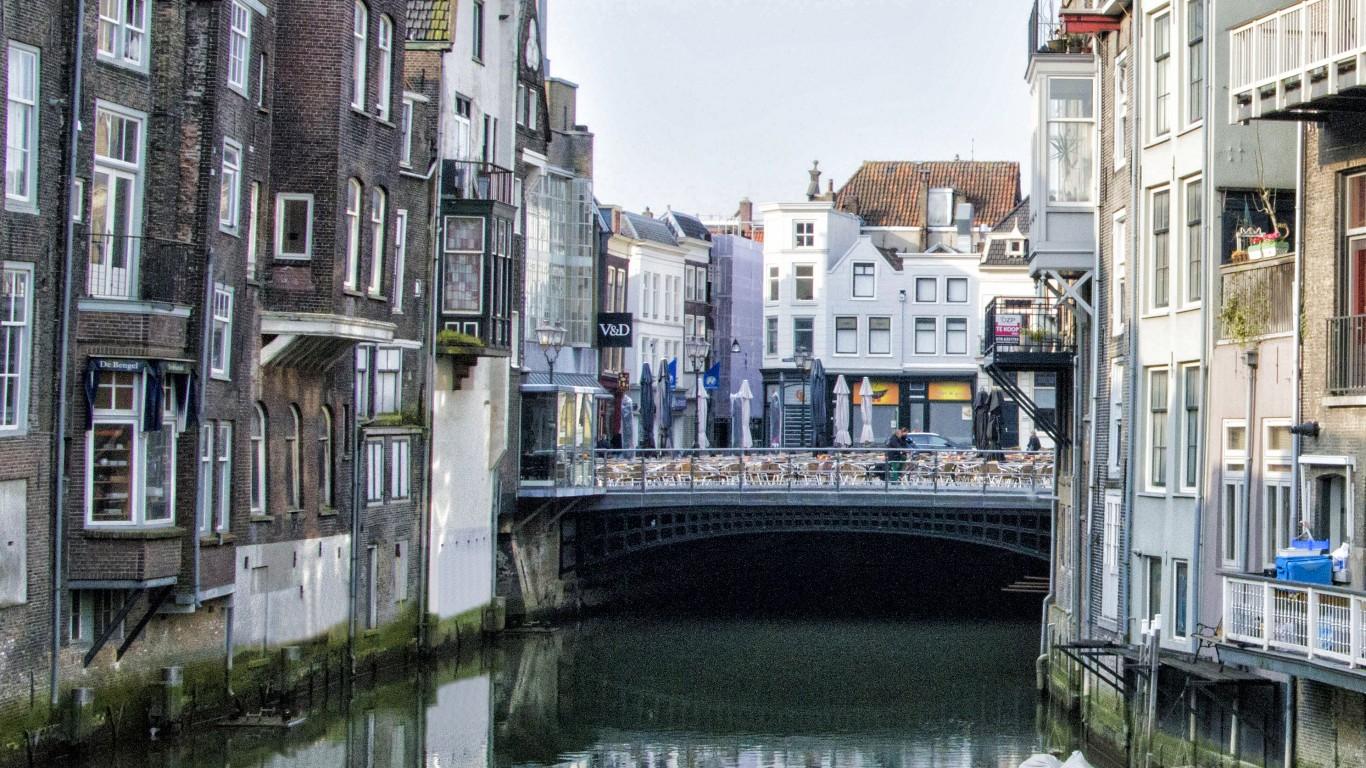 Scheffersplein- Dordrecht by Paul van de Velde