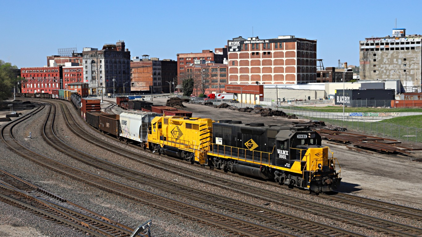 KCT Transfer, Kansas City, Mo. by Jerry Huddleston