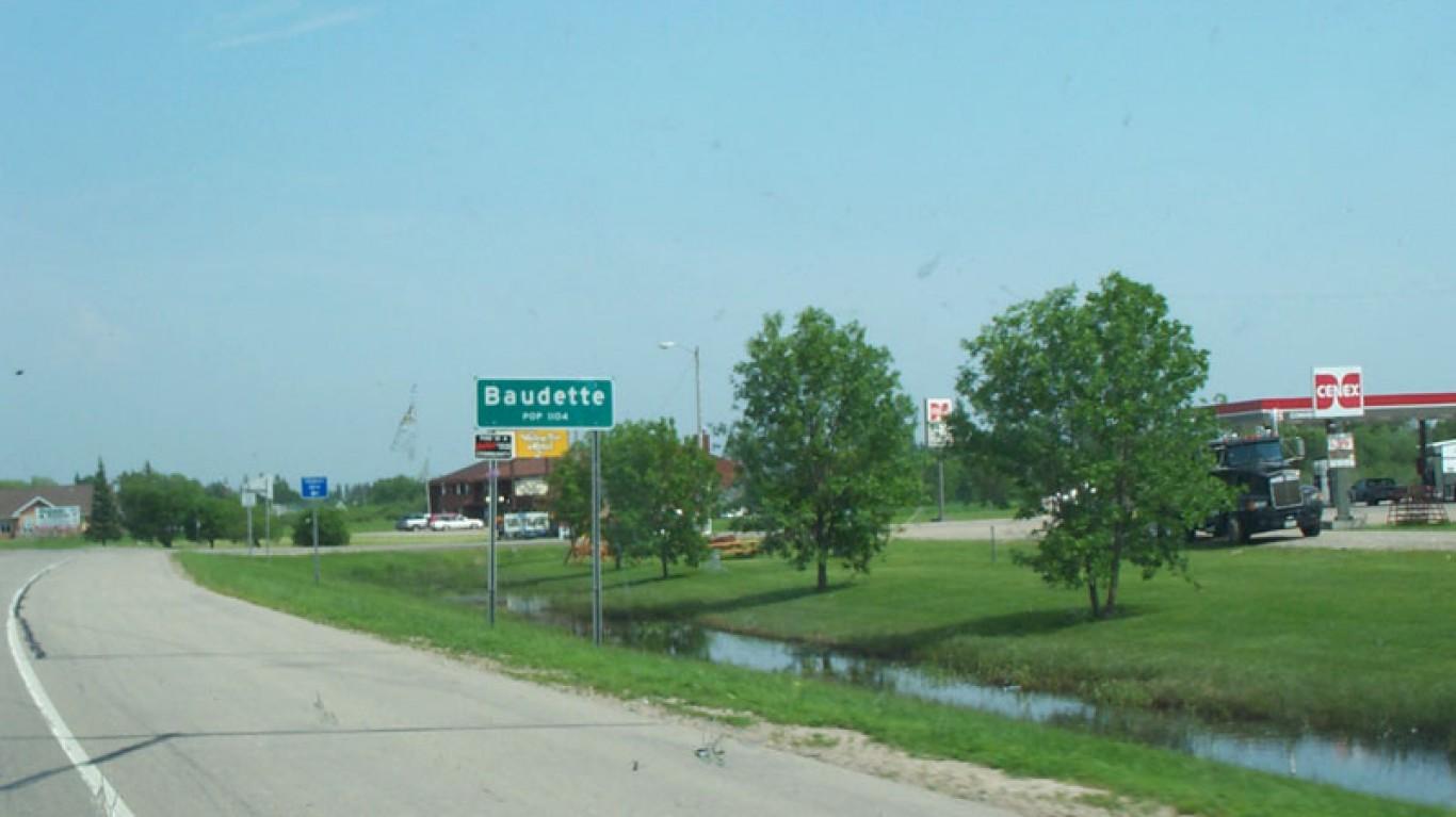 Baudette, Minnesota by Andrew Filer