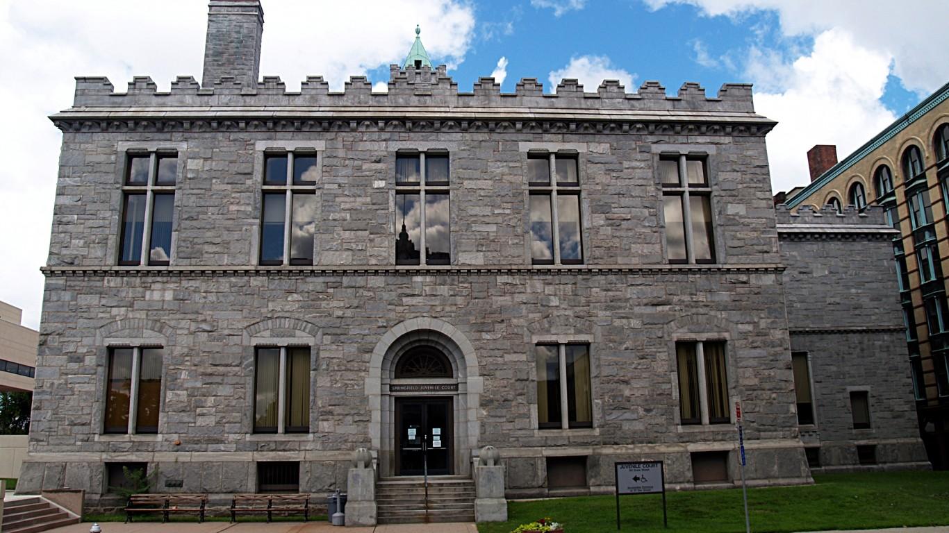 Hampden County Courthouse (Spr... by takomabibelot