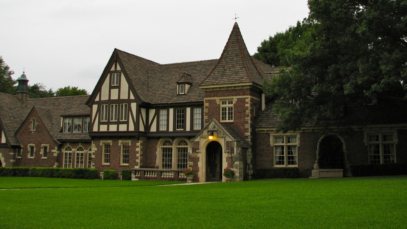 Westover Manor by QuesterMark