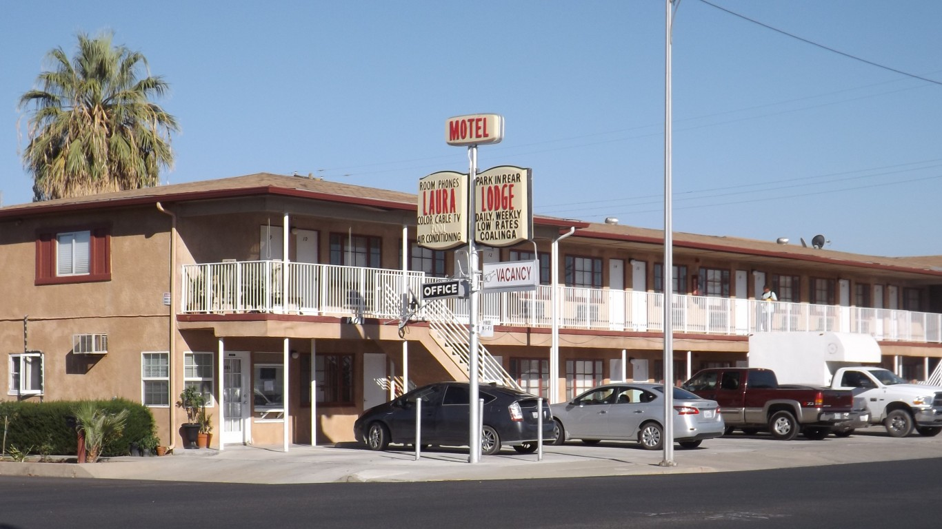 Archetypal Motel. by young shanahan